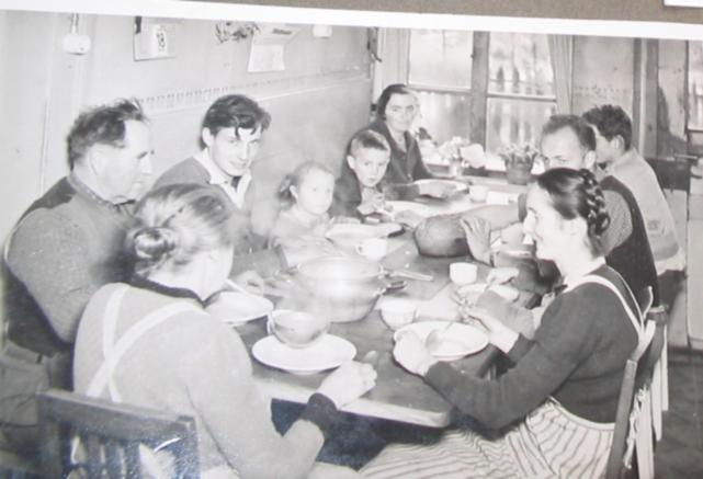 Mittagessen 1954