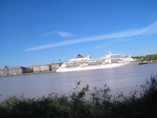 Ufer der Garonne