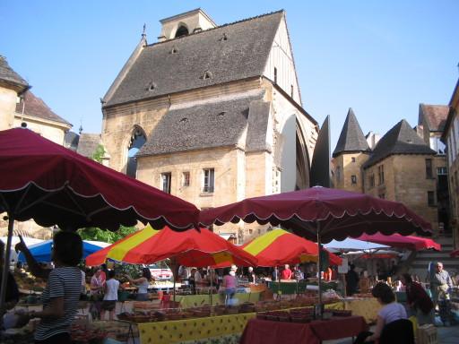 Wochenmarkt in Sarlat