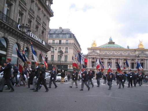 Front national vor der Opéra