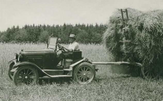 Autotraktor (1).jpg